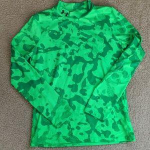 Under Armour boys long sleeve cold gear shirt EUC